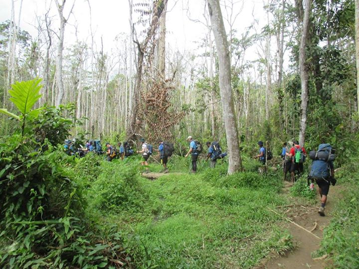 group trekking